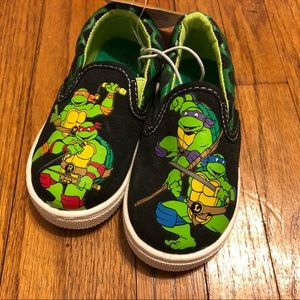 TMNT Toddler Boys Canvas Shoes Size 5